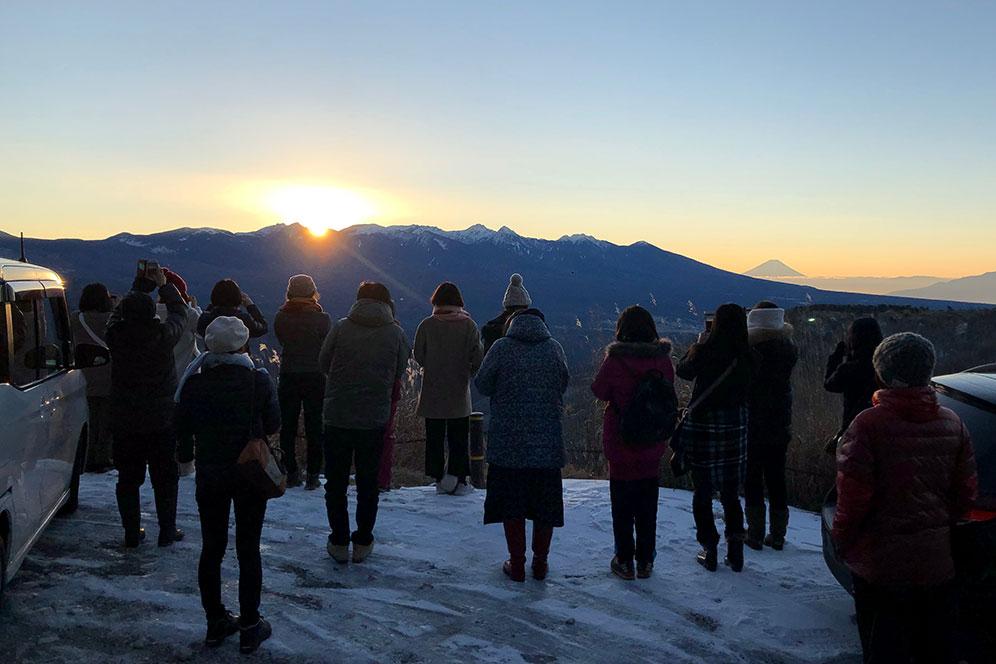 霧ヶ峰高原で初日の出