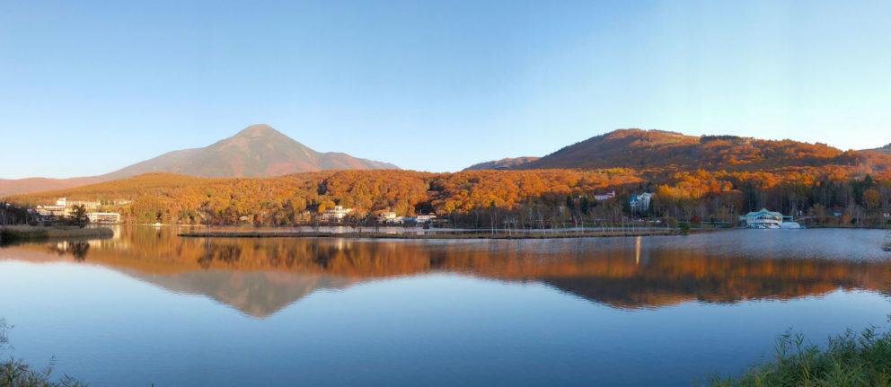 鏡張りの白樺湖